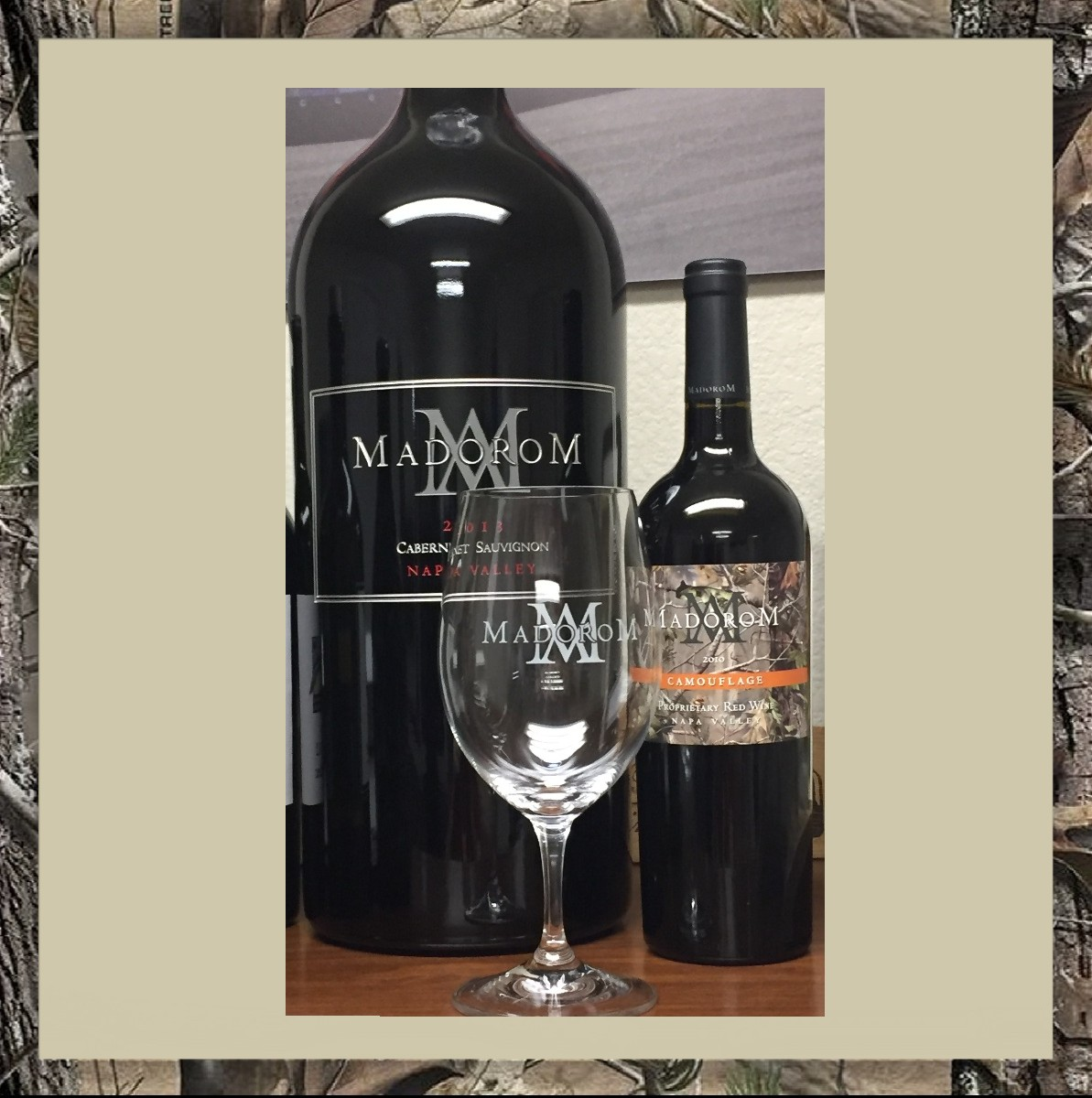 MadoroM Wine Glass Product Image